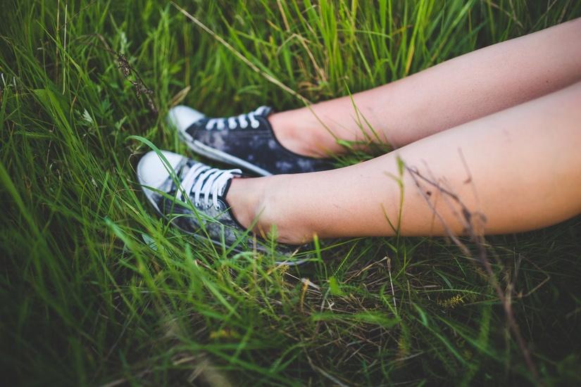 nature-people-legs-summer-large
